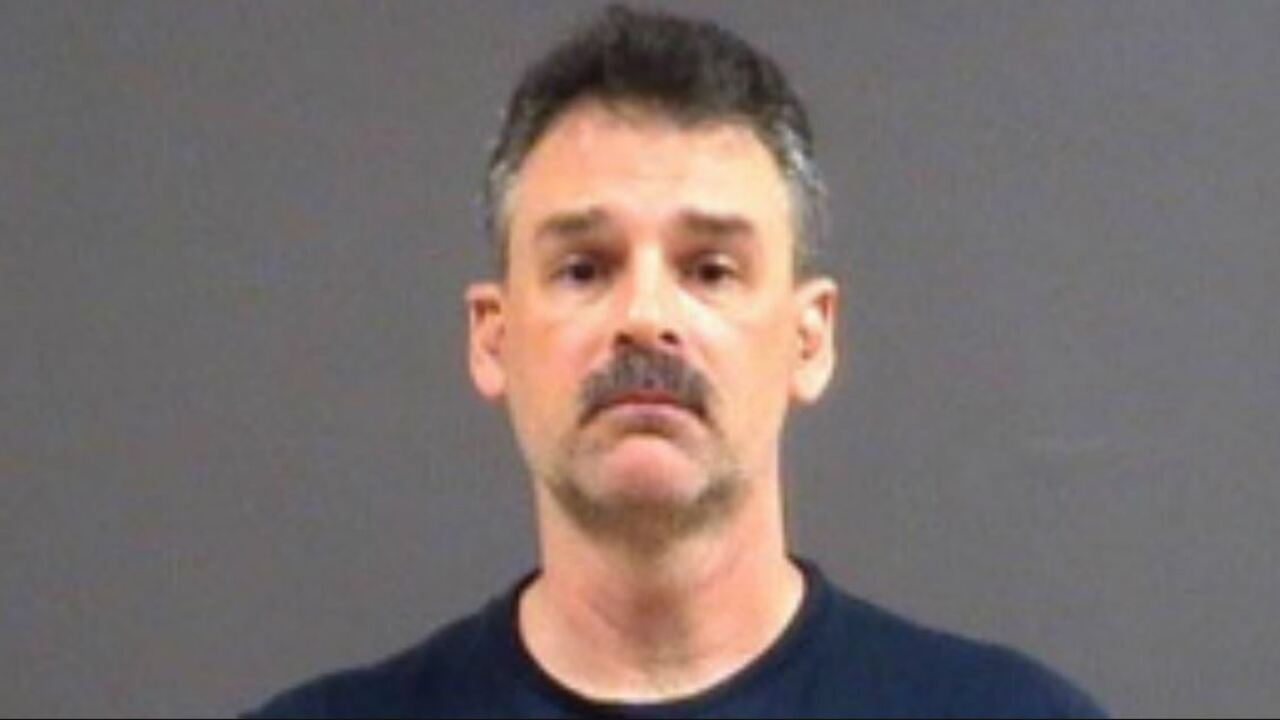 Teacher arrested for 'inappropriate relationship' with Chesterfieldstudent
