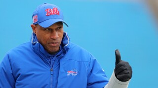 Bills' Leslie Frazier promoted to defensive coordinator/assistant coach