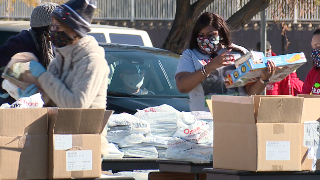 Vegas Stronger Champions: Ellis' providing holiday gifts to Clark County kids