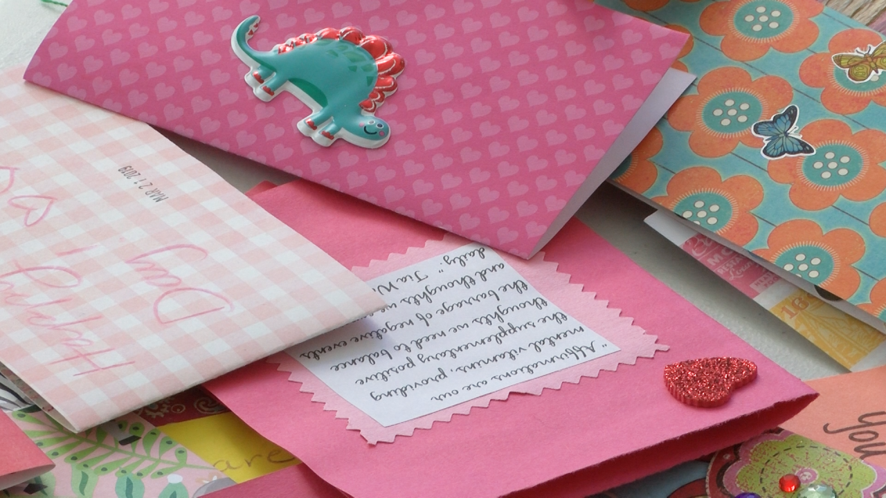 "Volunteers make ""Palentine's Day"" card for domestic abuse shelters"