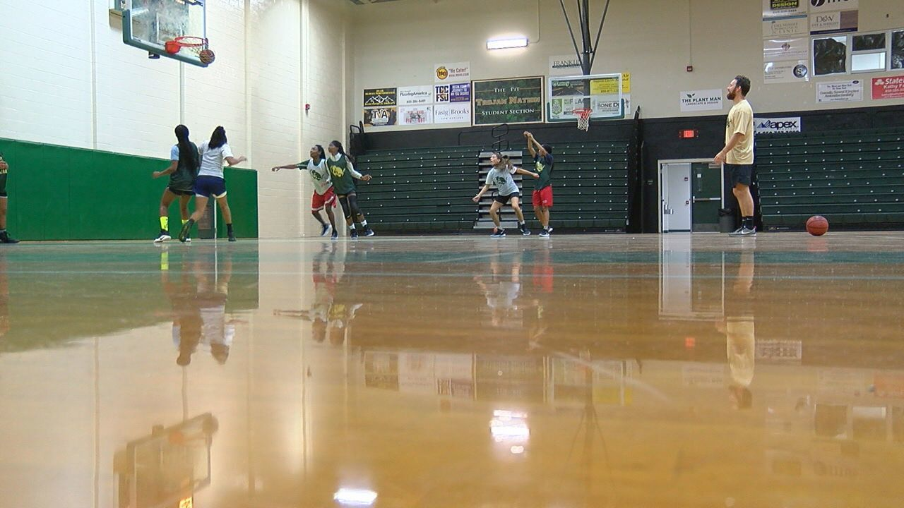 High Schools Girls Hoops Preview: Lincoln Trojans