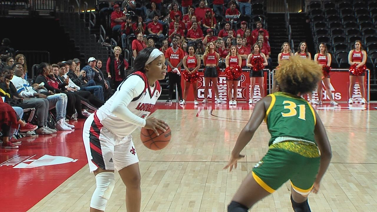 Brandi Williams UL WBB.jpg