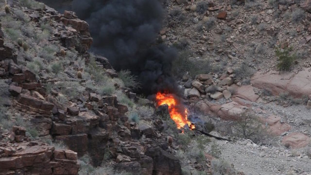 3 die in Grand Canyon tour helicopter crash; four others injured