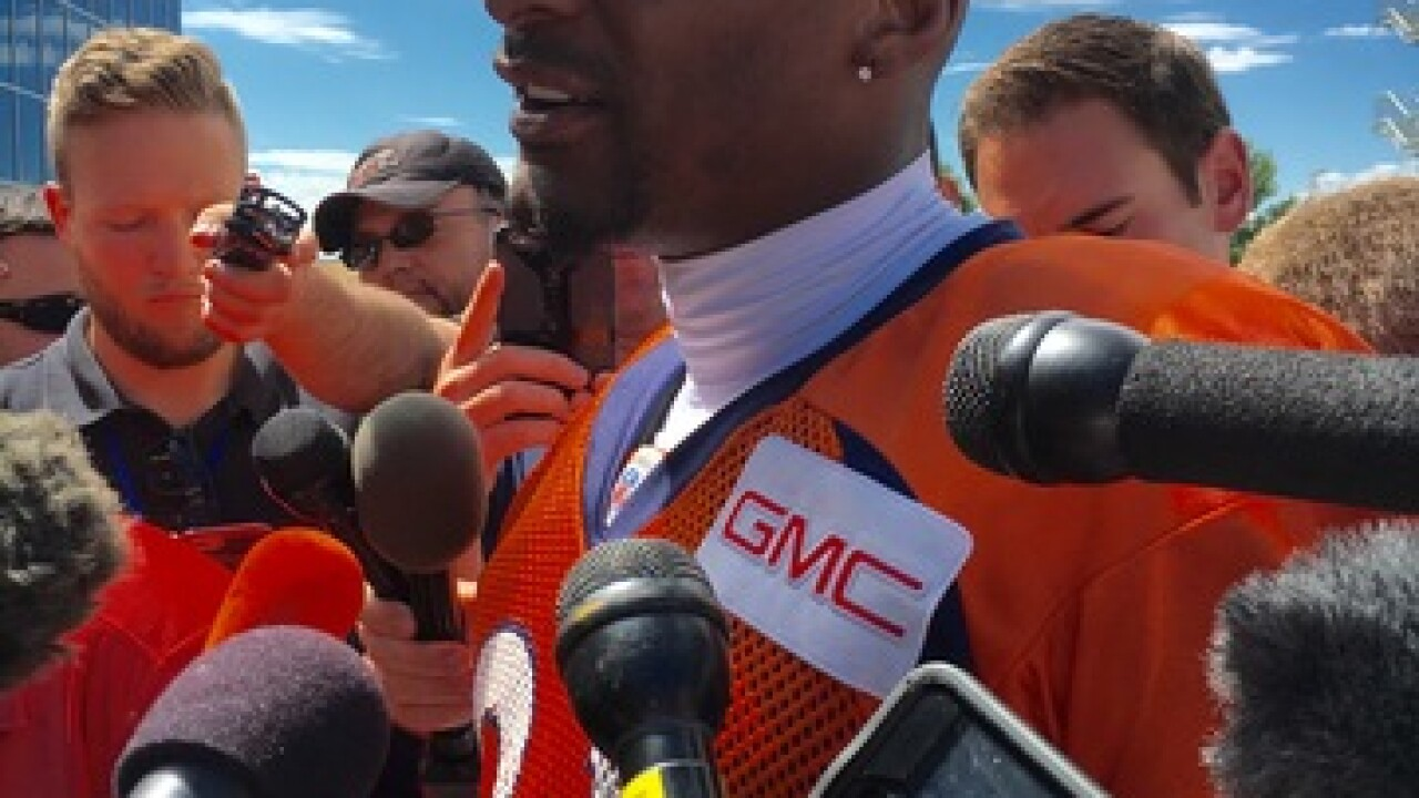 Broncos' CB Aqib Talib returns to practice field for first time since gunshot wound