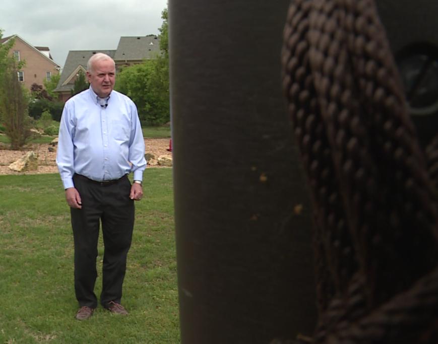 Photos: After long legal battle, Vietnam War veteran finally allowed to hoistflag