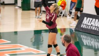 Volleyball Drops Four-Setter at Miami