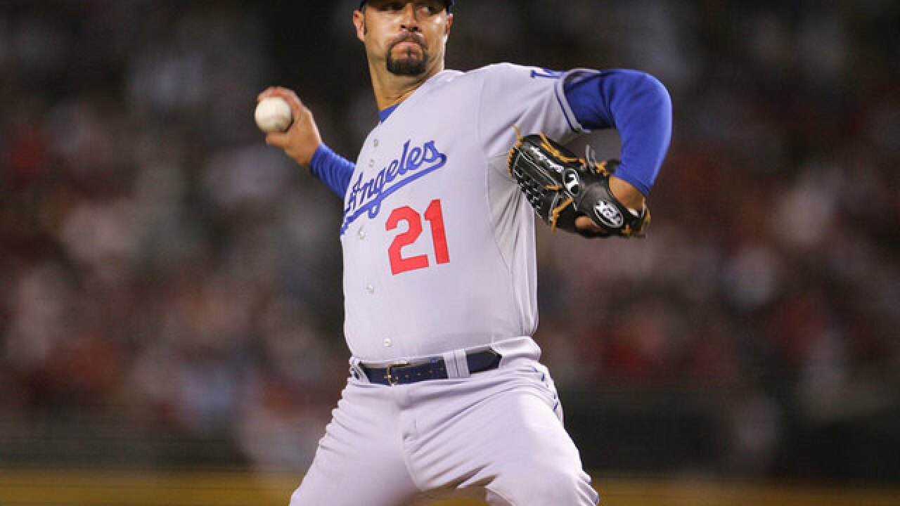 Ex-MLB pitcher Esteban Loaiza arrested in San Diego, accused of having 20 kg of cocaine, heroin