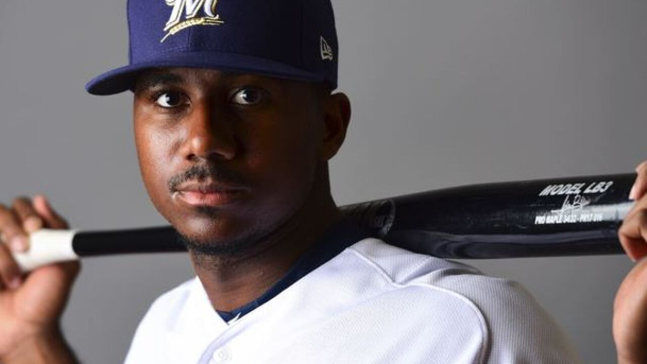 Milwaukee Brewers' top prospect Lewis Brinson makes MLB debut