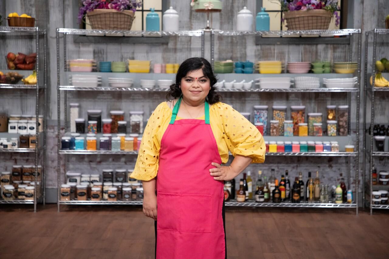 Self-taught Henrico baker wins Food Network baking title
