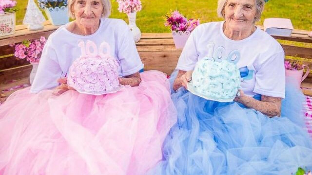 Twins celebrate 100th birthday with photo shoot