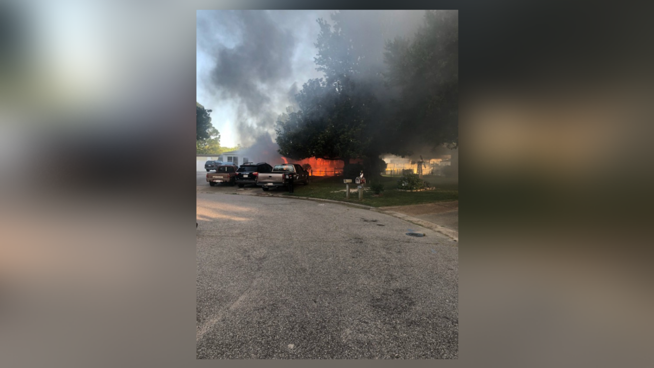 8 displaced, Virginia Beach home a 'complete loss' after fire