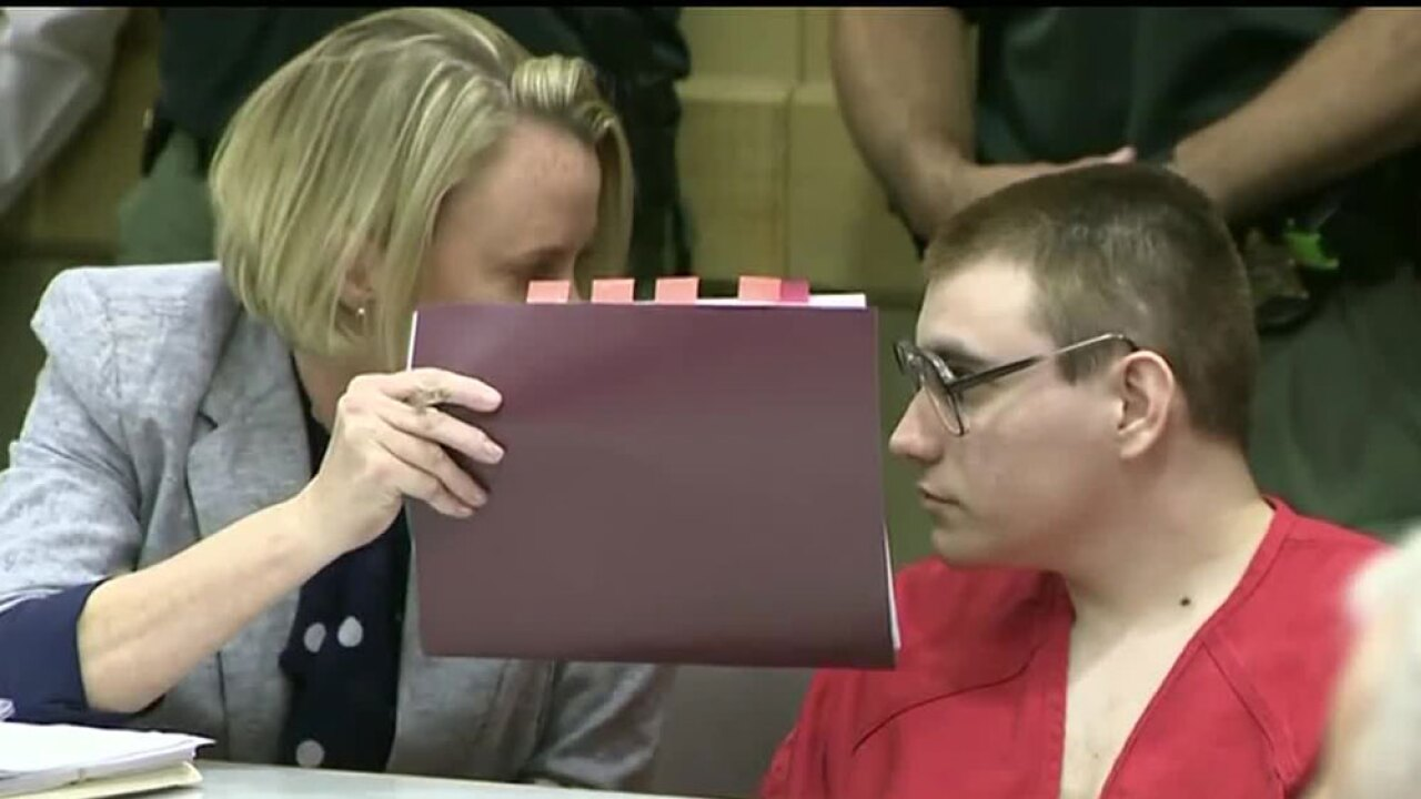 wptv-nikolas-cruz-glasses-.jpg