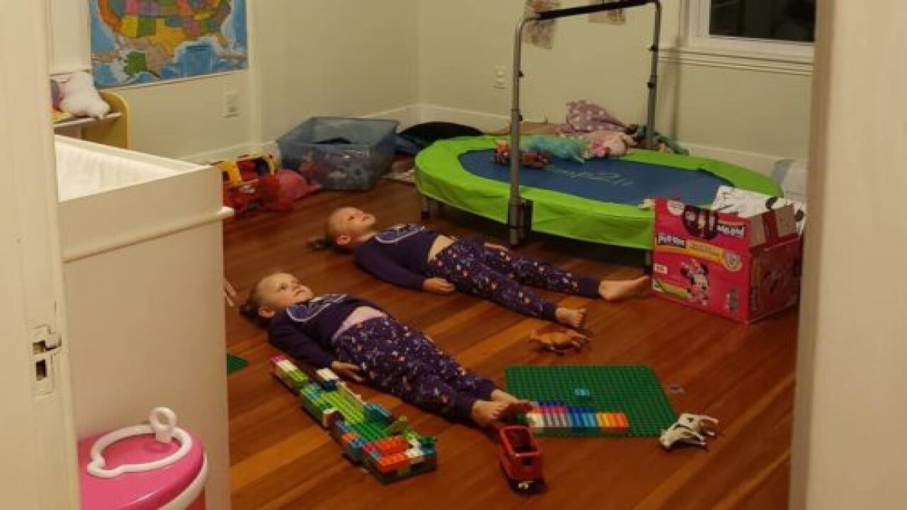 This Mom Told Her Kids They Need To Stay Still To Charge Their Glow-in-the-dark Pajamas