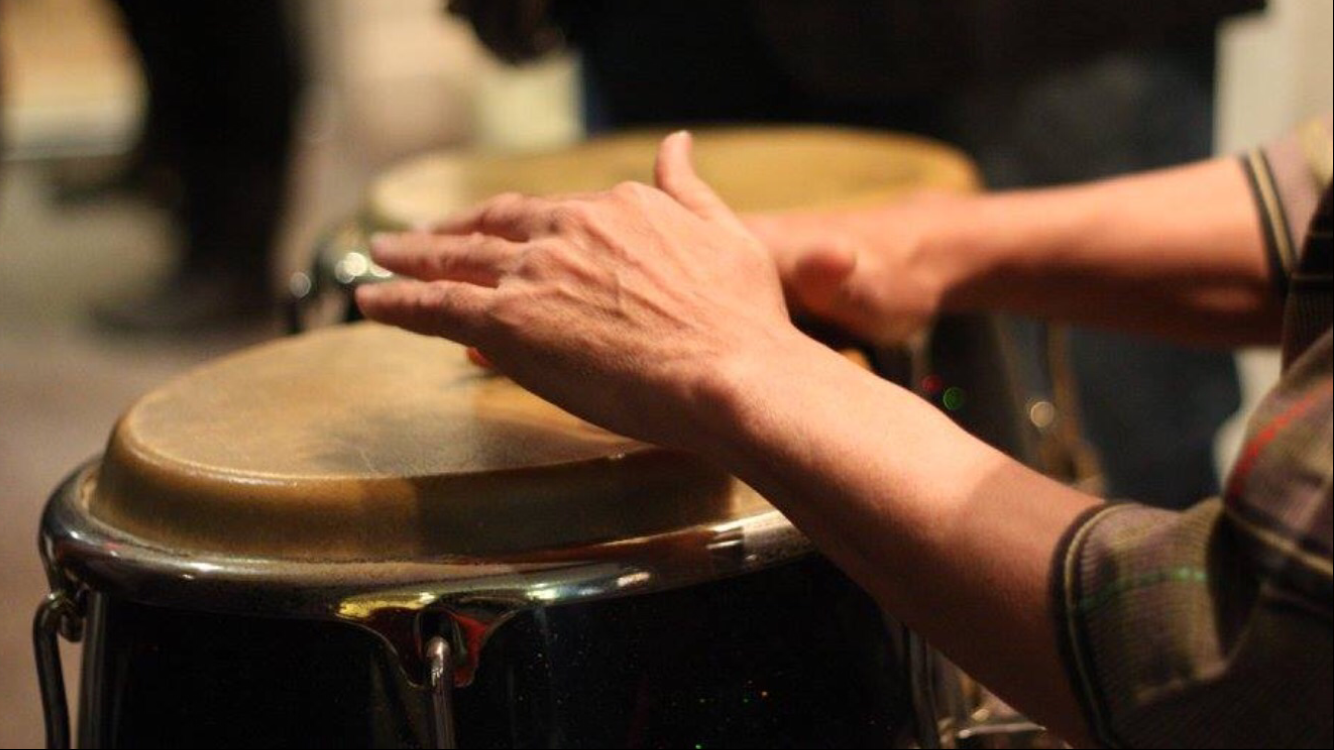 Photos: 🥁Richmond educator shows students transformative and healing power of music