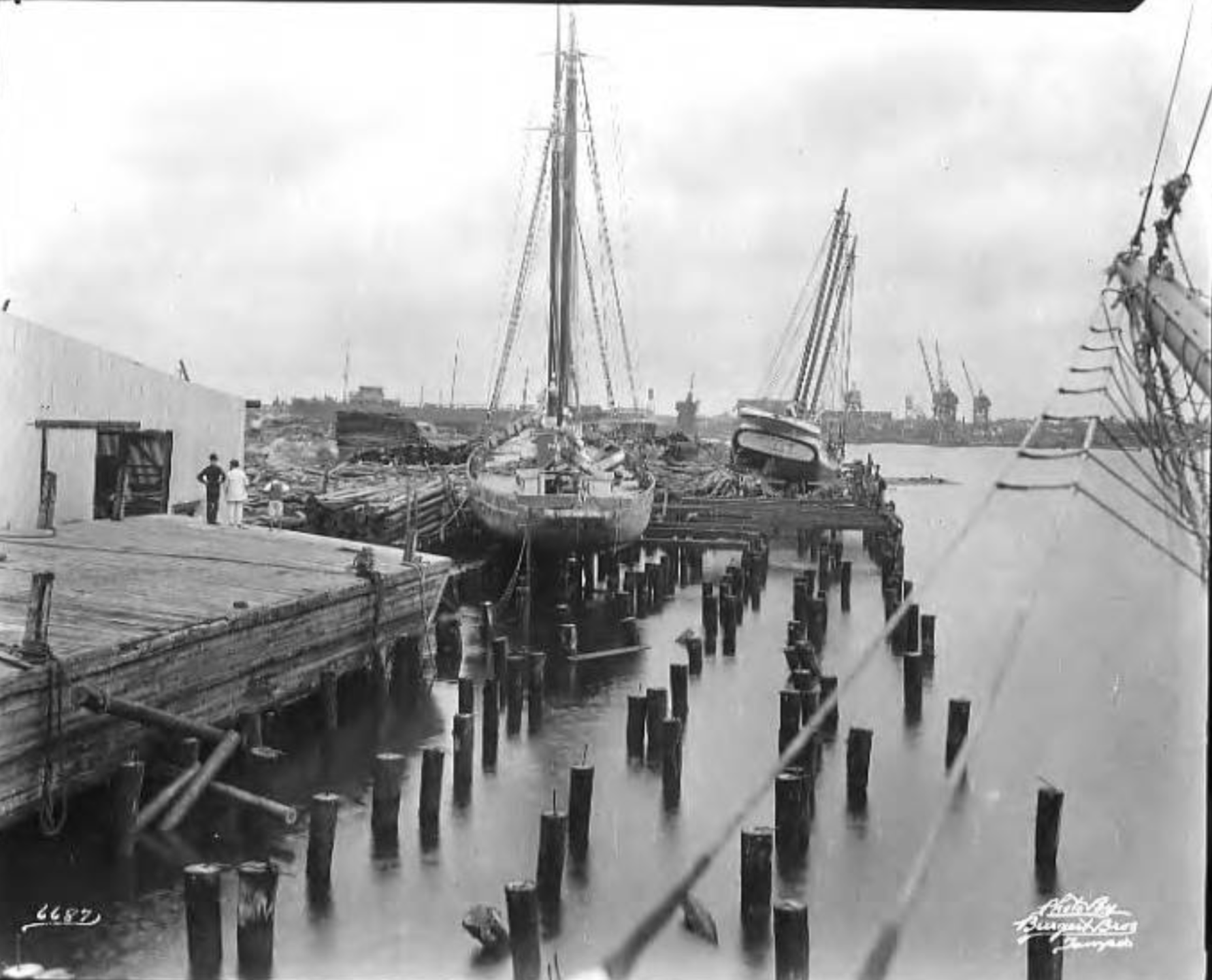 Boats on wharf in Ybor Channel after hurricane.png