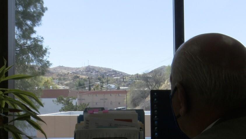 Nogales Mayor Arturo Garino.jpg