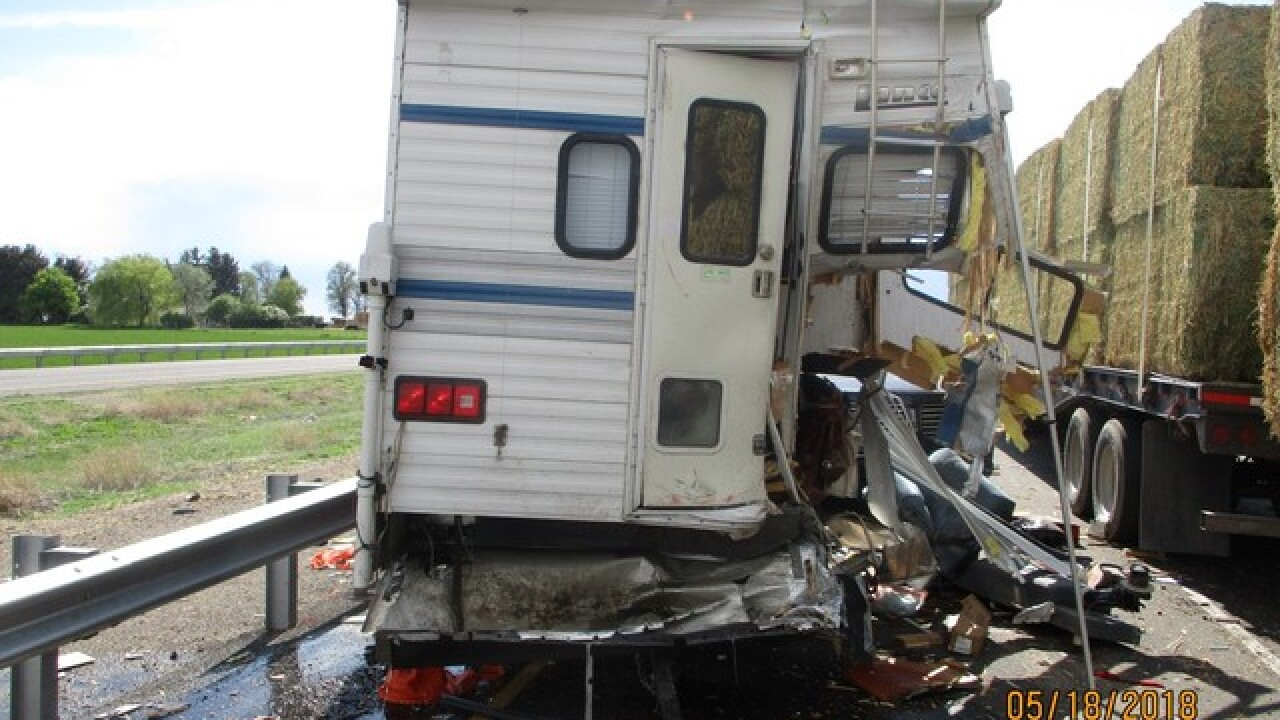 Semi-trucks involved in I-84 six car accident
