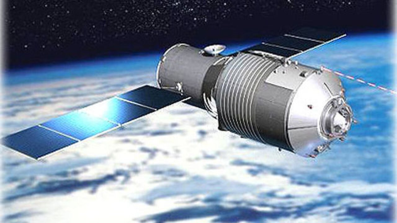Chinese spacecraft tumbling toward Earth this weekend