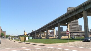 All Skyway lanes to reopen for winter