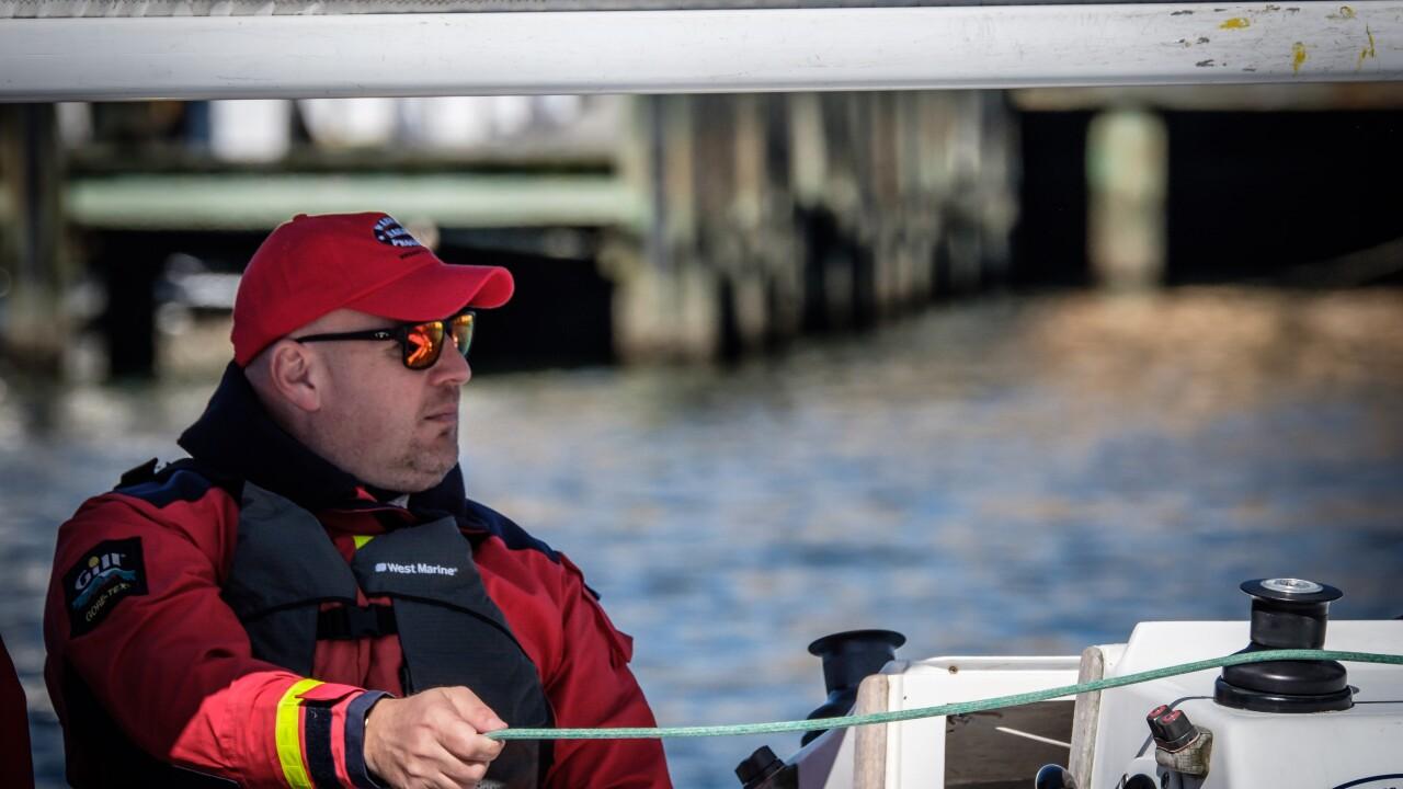 Jim Alunni sailing