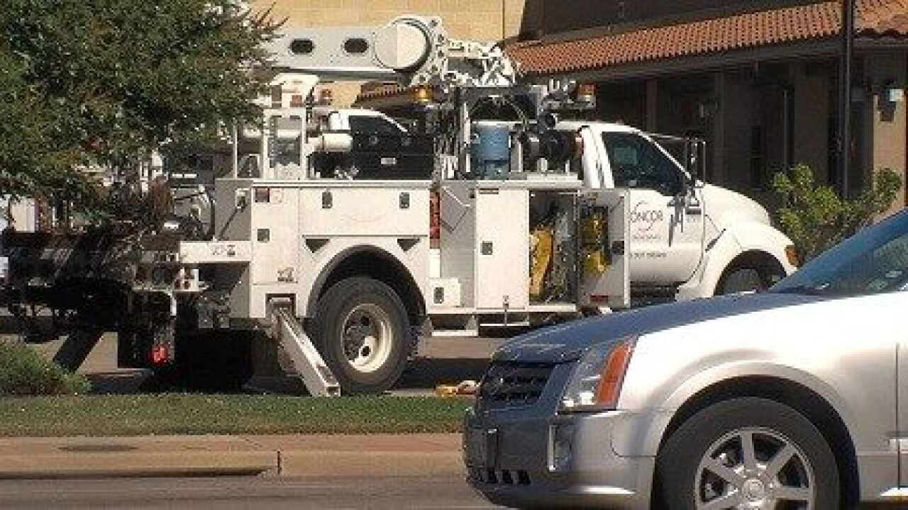 Oncor: Two impostors are going door-to-door in McLennan County
