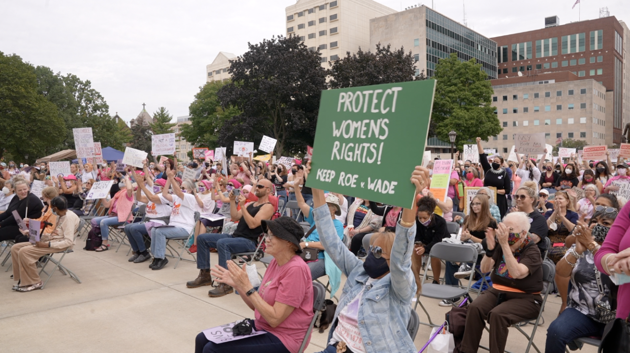 """Protect Women's Rights! Keep Roe v. Wade"" at Mi Body Mi Choice rally"