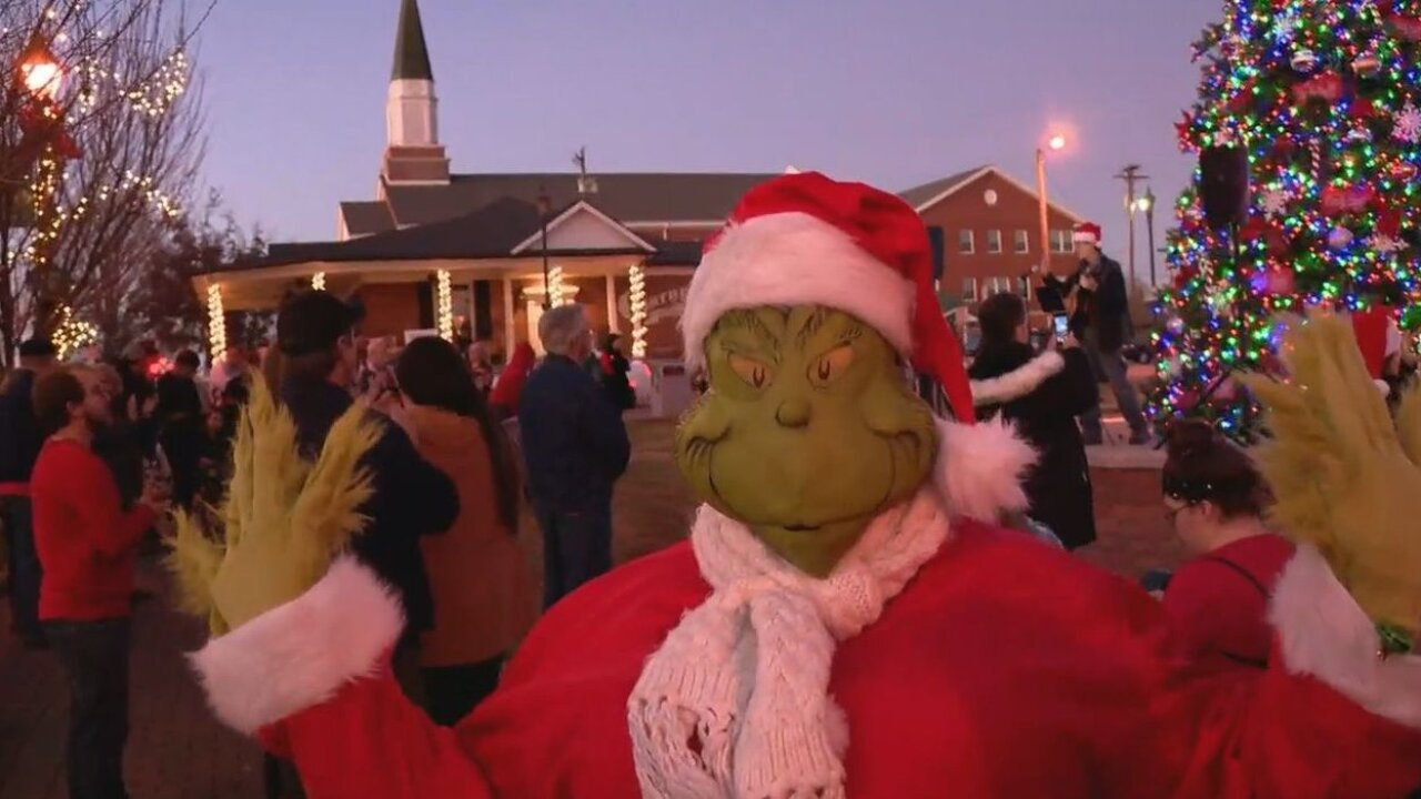 Whoville takes over North Carolina mountain town for Christmas Eve