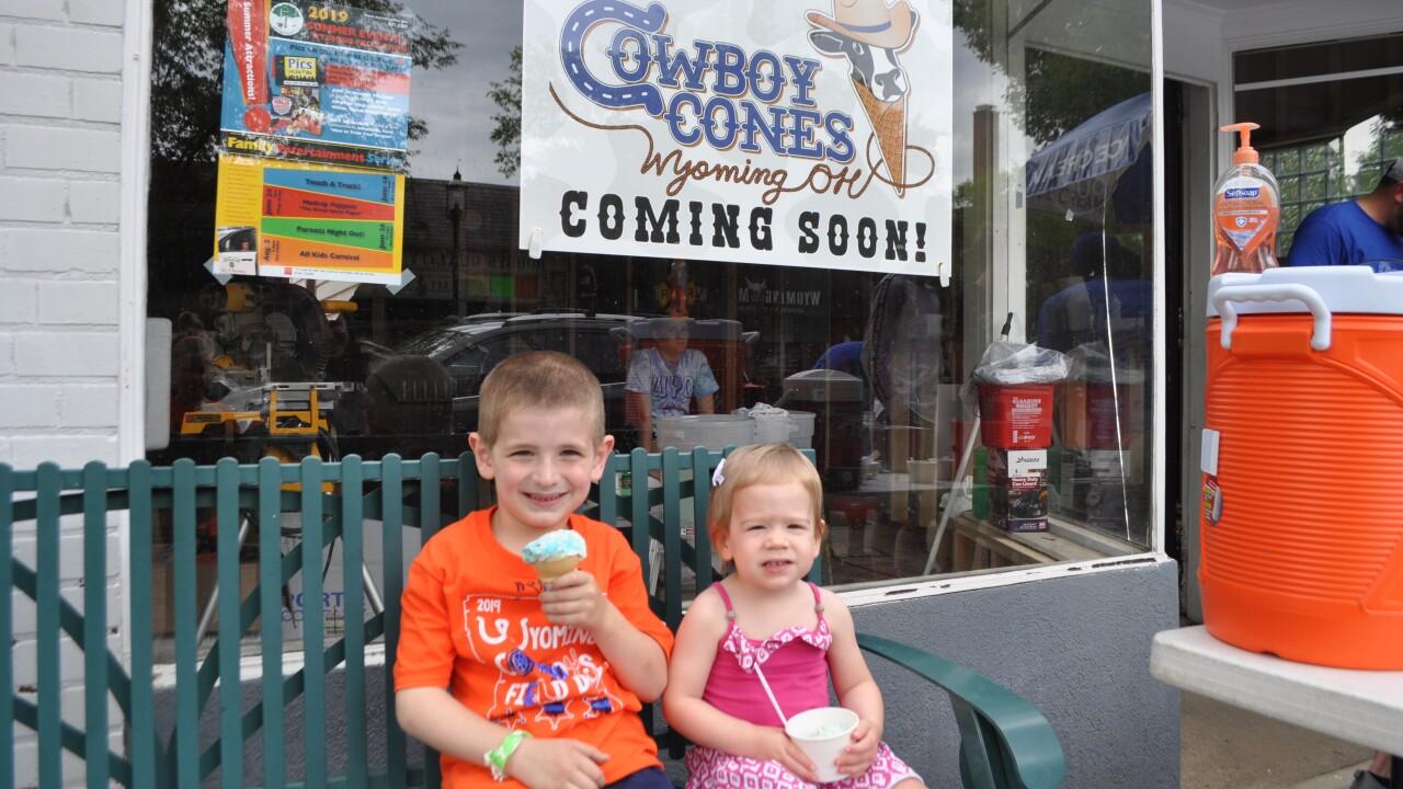 2-Cowboy Cones kids 1 LEngel.JPG
