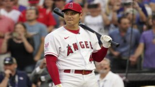 MLB Home Run Derby Competitor Shares $150K Winnings With Team Staff