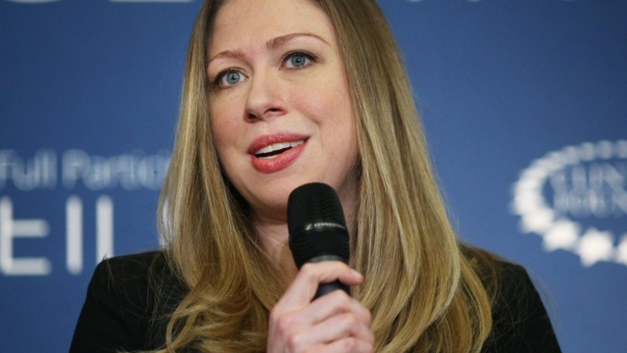 Chelsea Clinton to remain on family foundation board