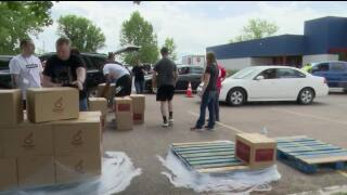 Salvation Army gives away free produce in Great Falls