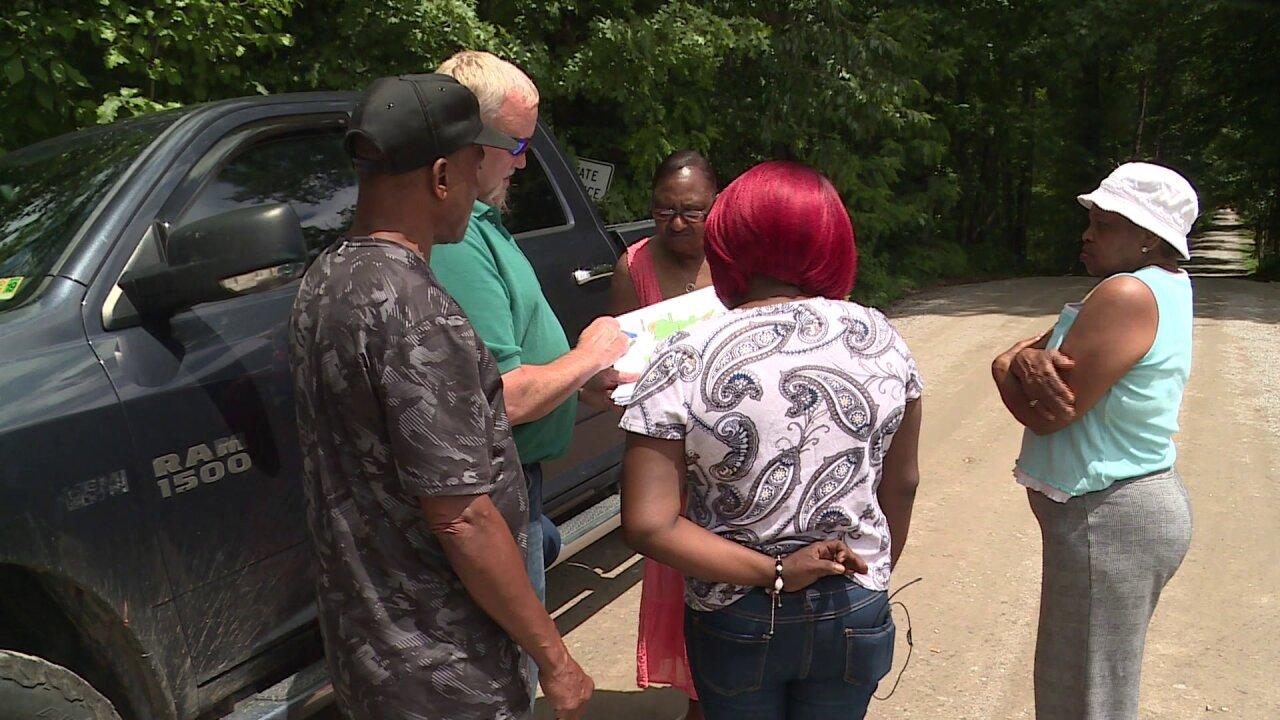 Powhatan, Cumberland citizens unite to stop proposed landfill: 'Nodump!'