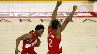 Kyle_Lowry_Kawhi_Leonard_2019 NBA Finals - Game Six