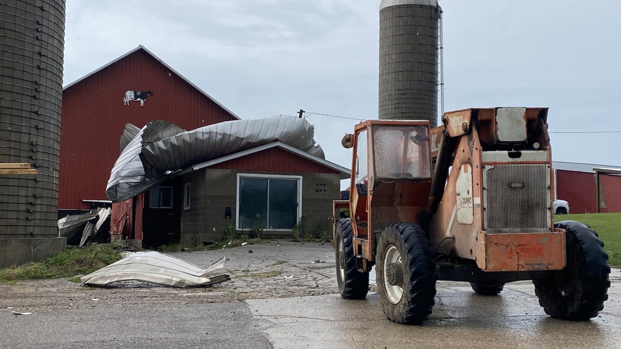 Freeport Barn destroyed 2