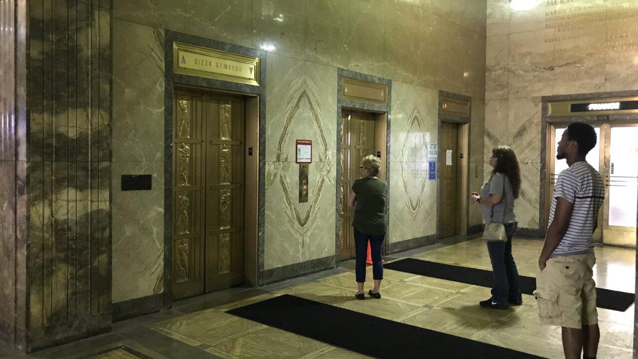 elevators jax courthouse.jpg