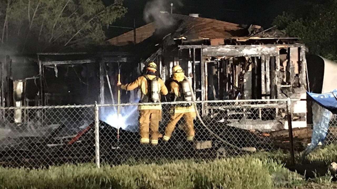 House fire breaks out in east Bakersfield near Knotts St., east of River Blvd