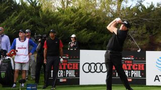 Photos: Mickelson vs. Woods in $9M golf event