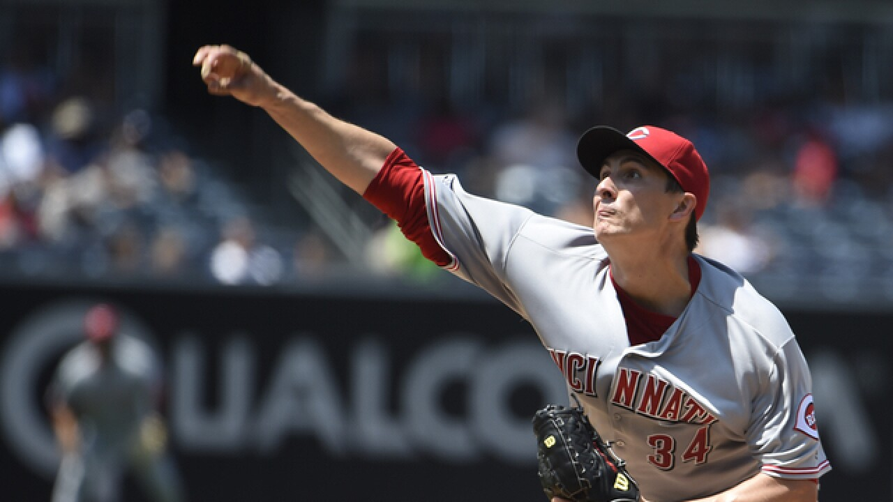 Bailey is sharp in return as Reds beat Padres 3-2