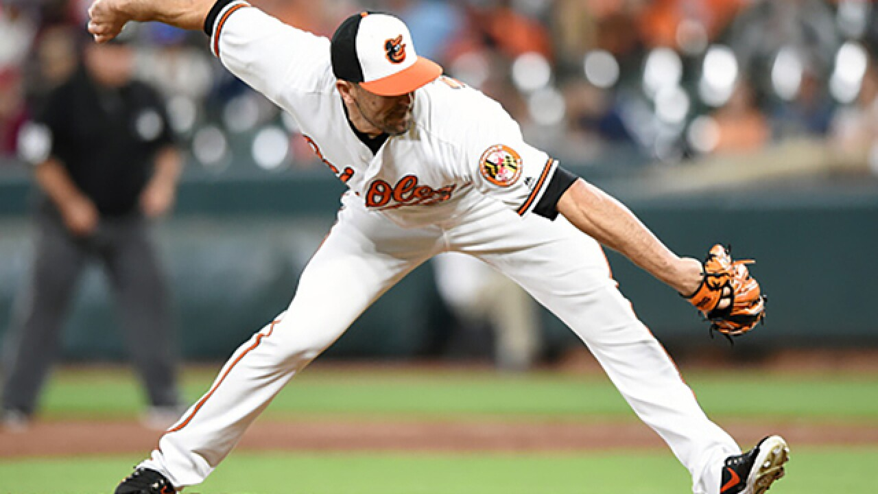 Orioles trade Kevin Gausman and Darren O'Day