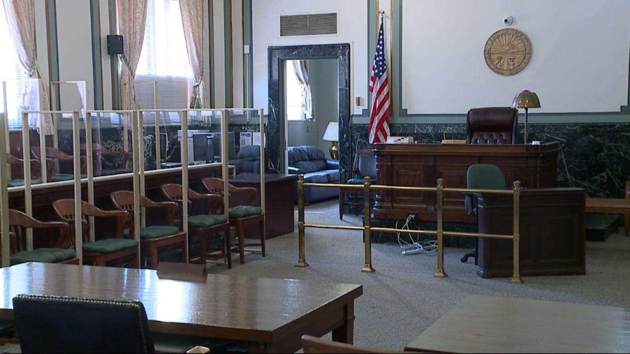 Hamilton County courtroom with plexiglass