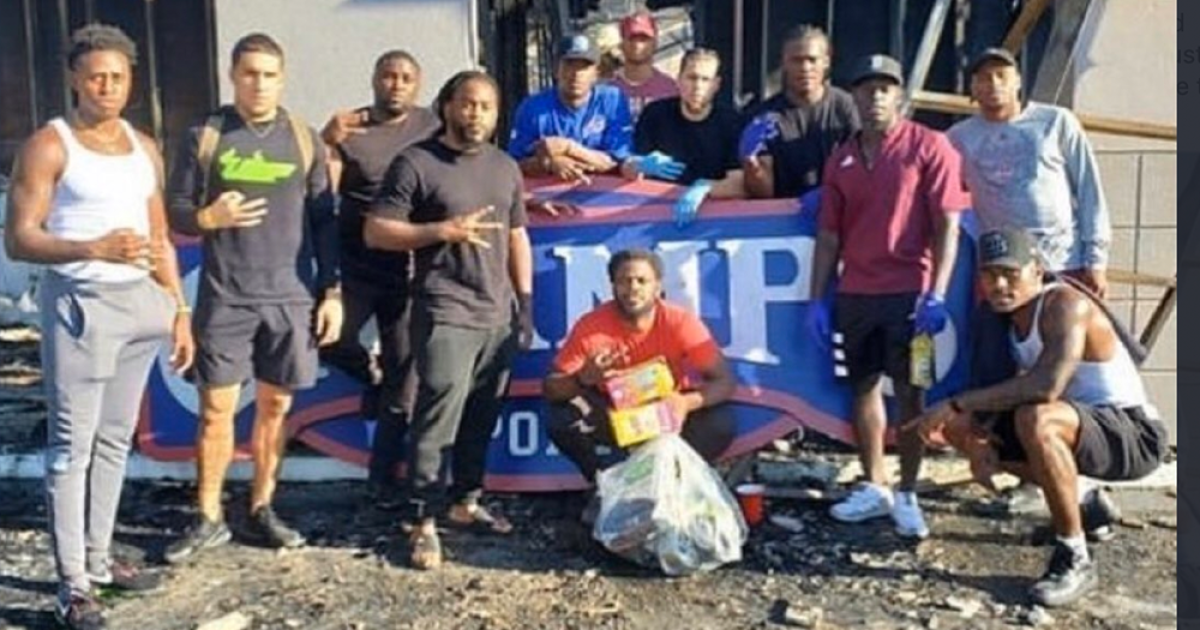 Local football players team up to help vandalized store