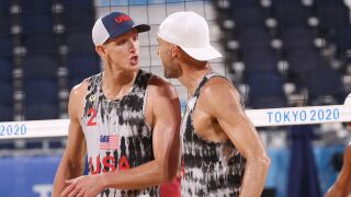 USA's Gibb and Bourne down Swiss team in beach volleyball prelims