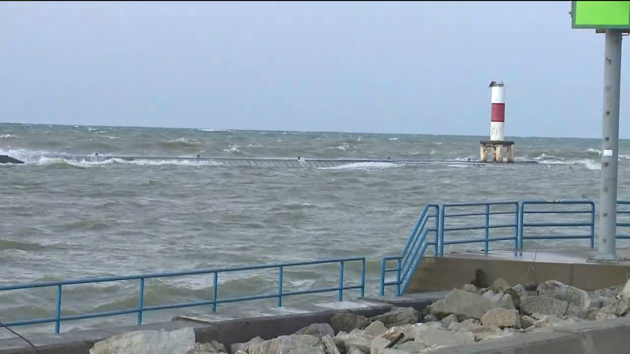 holland state park water rescue 010219.png