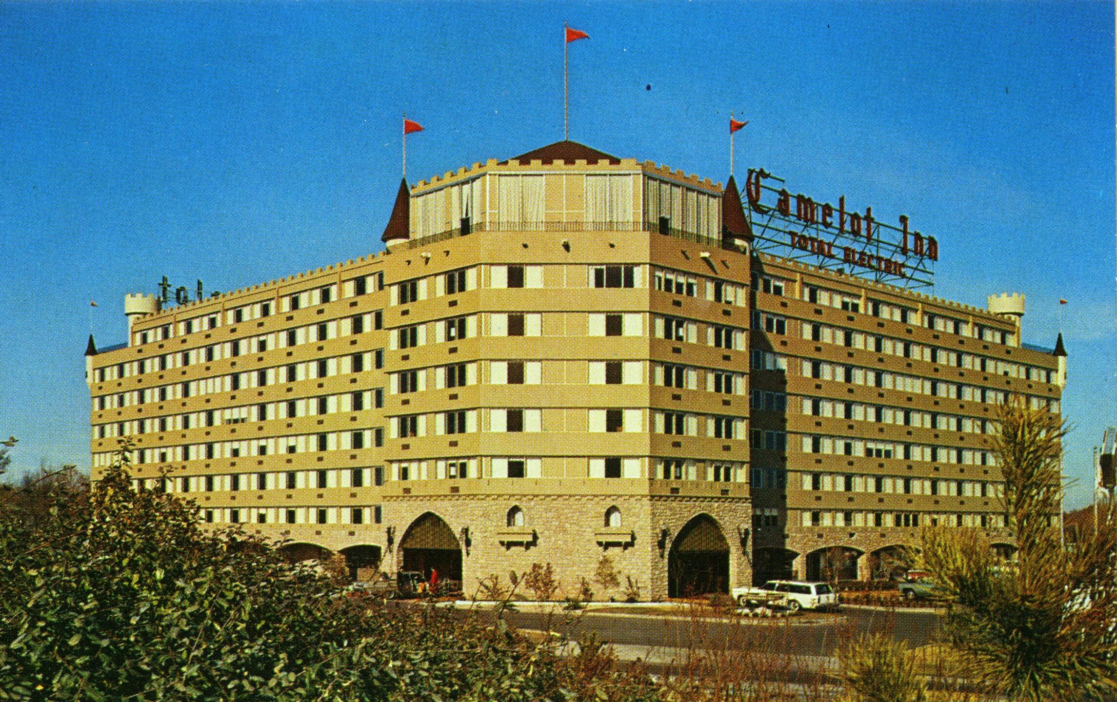 2006-012-Tulsa Hotels-003.jpg