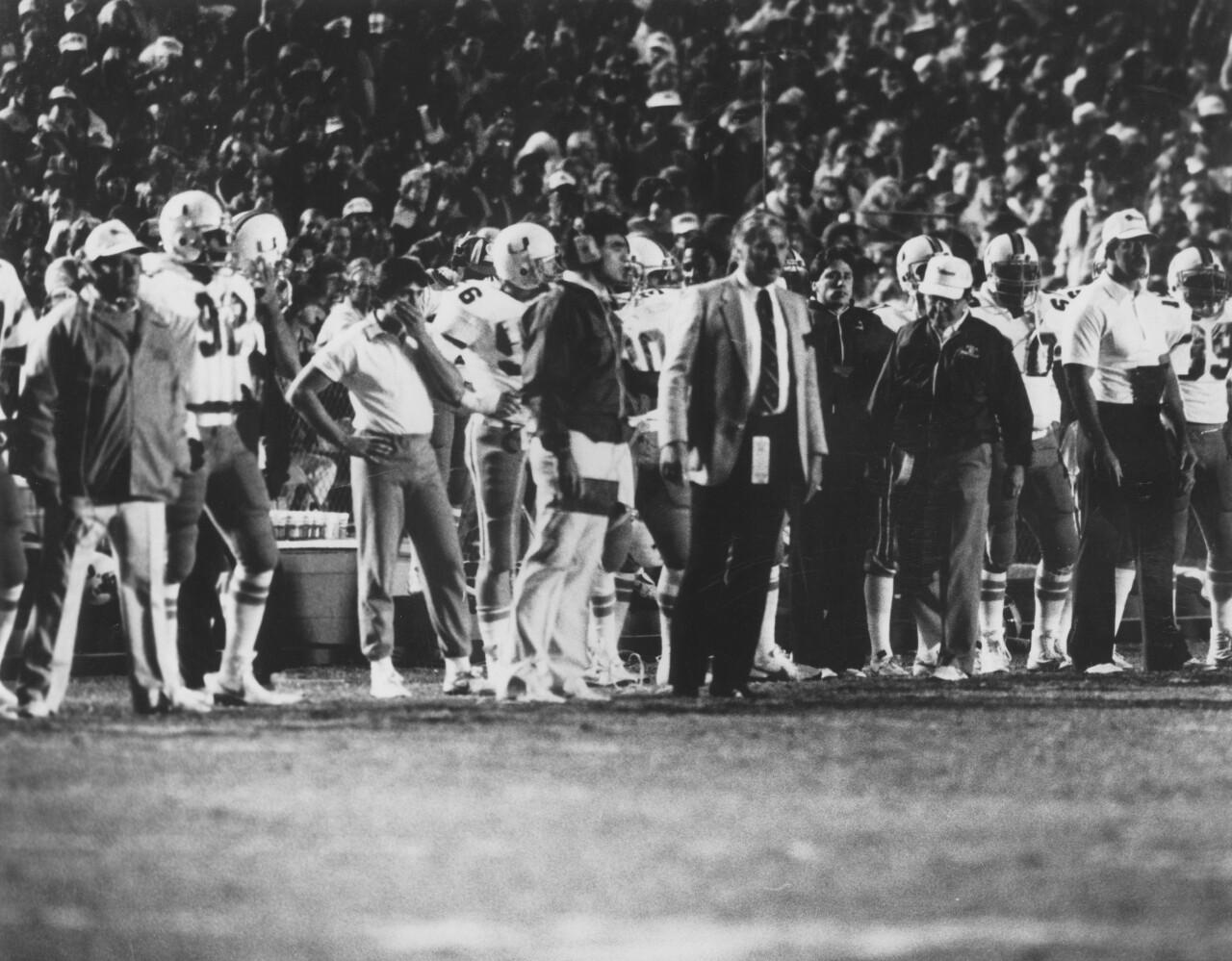 Miami Hurricanes head coach Howard Schnellenberger on sideline in 1984 Orange Bowl