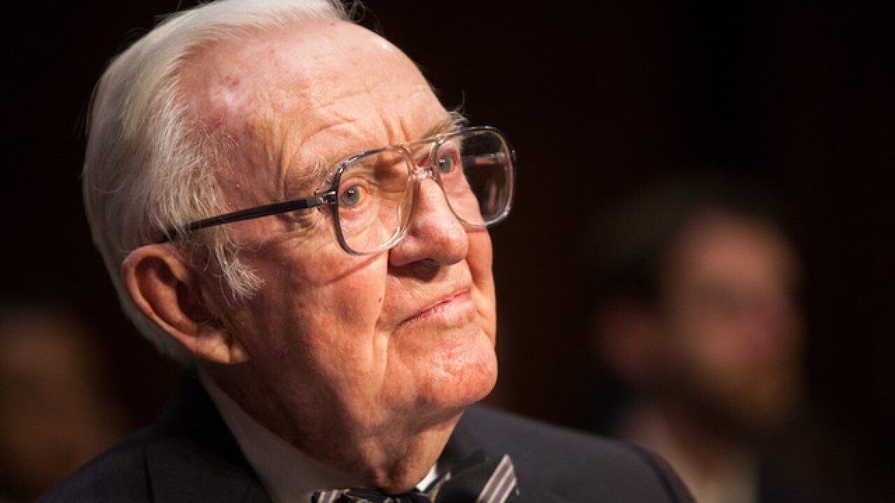 Retired Justice Stevens argues for repeal of Second Amendment