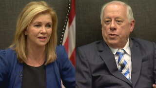 Poll shows Blackburn slightly ahead of Bredesen