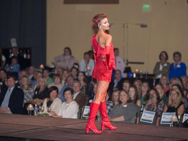 2017 RetroFittings fashion show