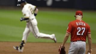 Reds Brewers Baseball