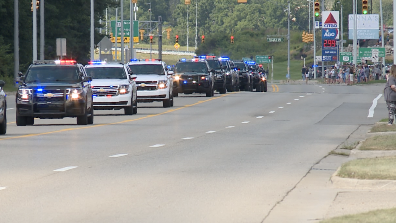 Sgt. Proxmire Funeral Procession - Community Support